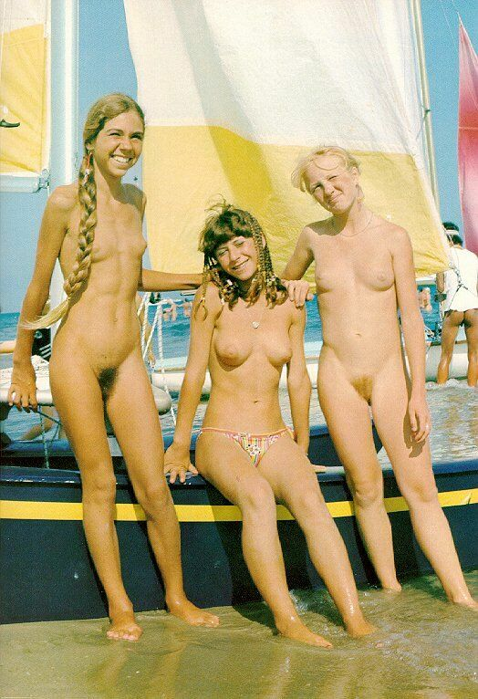 Nudist gallery of vintage photos of family naturism